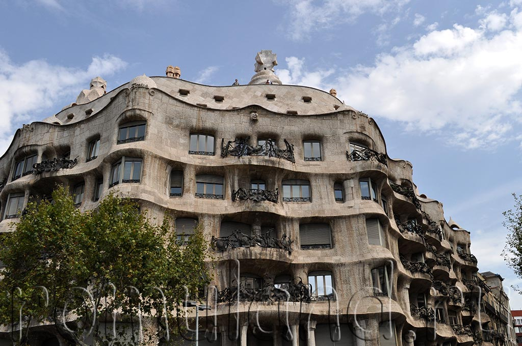 Барселона столица Каталонии, Гауди, Испания
